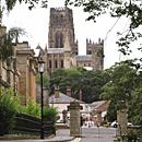 Durham Cathedral (Bild: DWaterson, CC Wikipedia, bearb MSchmidt)